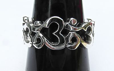Sterling  Silver  (925)   Om  Circle   Ring   !!       Brand New  !!