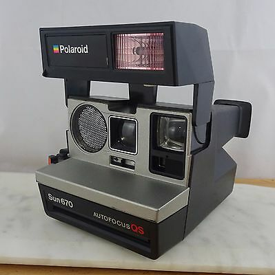 Vintage POLAROID Sun 670 Auto Focus QS Instant Film Camera WORKING