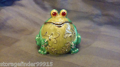 Collectible Metal/Enamel/Rhinestone Frog Trinket/Ring Box Magnetic Cute