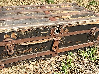 Large Vintage Trunk coffee table steamer chest box wooden antique
