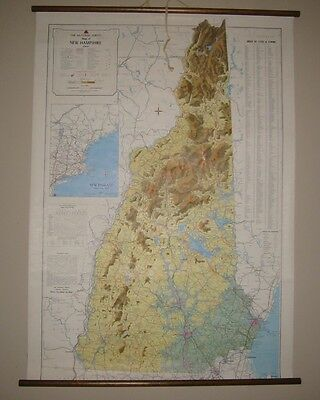 VINTAGE SCHOOL MAP NH NATIONAL SURVEY LITHOGRAPHED USA  VT.43 x 30 WOOD ROLL UP