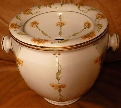 Antique Chamber Pot With Lid Large. Seat. Booths England. Silicon China.Handles