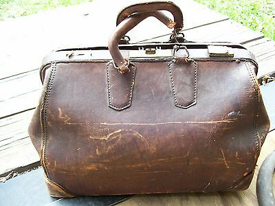 VINTAGE Antique MEDICAL DOCTORS BAG BROWN LEATHER OLD MEDICINE AS IS BRASS CLIP