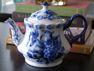 Vintage Blue and White Floral Traditional Porcelain Collectible Teapot