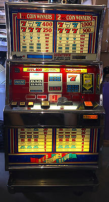 Igt - Slot Machine - Igt S+  Red White And Blue  - 2 Coin Dollar Token