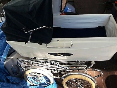 Vintage Italian Perego Baby Stroller Carriage. Elegant Blue and white Chrome
