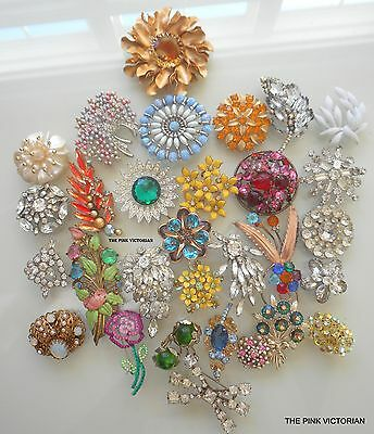 (30)pc LOT of HIGH END vintage PINS brooches glass RHINESTONES, SARAH COVENTRY