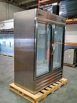 Maxx Cold 49 Cf Commercial 2 Glass Door Reach In Cooler Merchandiser Mxcr-49Gd