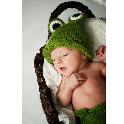 Hat Pants Newborn Photography Props 1 Set Knitted Costume Green frogs Crochet