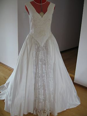 Vintage white Satin Wedding Dress