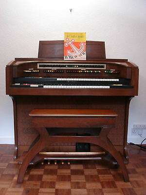 Electric Lowrey Organ - Citation Theatre - Seat - Manuals - Cassettes - Music