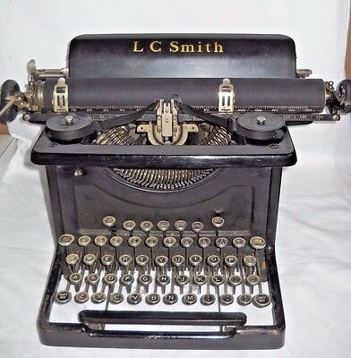 Antique Vintage LC Smith & Corona #8 - 14 in. Typewriter 1929