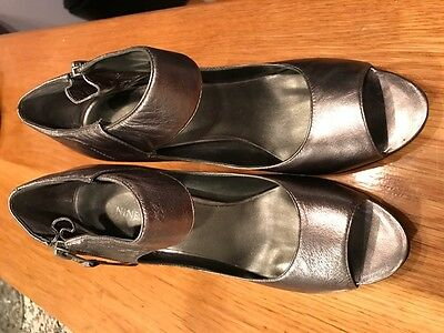 Nine West women's shoes, leather, size 7M, 3.5 inch heels