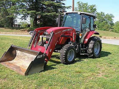 2013  Massey Ferguson 4608  4X4 Cab Loader  Tractor Only 650 Hours