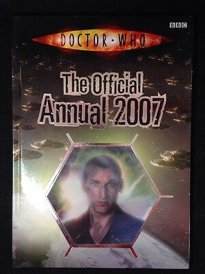 Doctor Who: The Official Annual 2007 by Leanne Gill (Hardback)