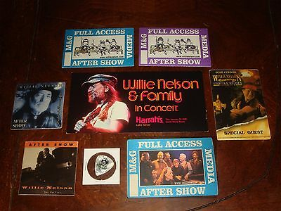 Lot Of 8 Willie Nelson Concert Memorabilia Backstage Passes,guitar Pick,handbill