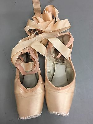 Used Freed Ballet Pointe Shoes Toe Shoes Size 5 M Maker Bell