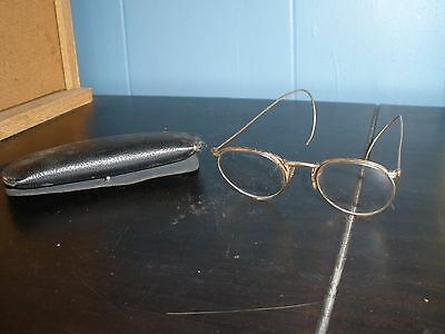Pair Antique Wire Rim Eye Glasses Round Lenses Goldtone with Case