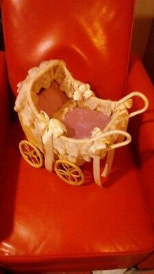 DOLL Carriage Wicker Buggy w Antique Lace Trim Doll Stroller Victorian Satin Int