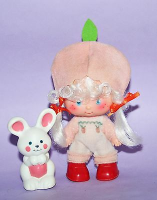 Emily Erdbeer Puppe / Strawberry Shortcake *Apricot with Hopsalot Bunny*