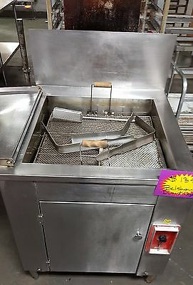 Belshaw Open Kettle Donut Fryer (Gas) 724 BG