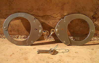 Handschellen Clejuso 12 Handcuff Anklecuff Nr 12A No 12A Germany