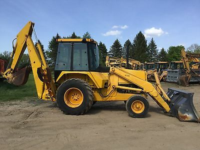 1984 John Deere 410B Backhoe Loader