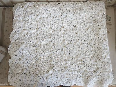 98 x 88 Vintage Hand Crochet Lace Bed Cover/Coverlet WHITE Crocheted