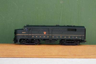 HO:  Proto Pennsylvania FA2  Locomotive.  Powered. DCC Equipped