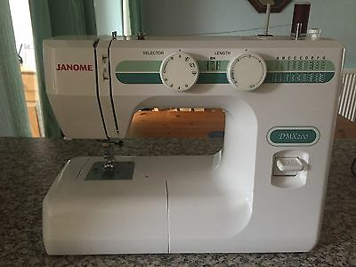 JANOME Sewing Machine - Very good condition