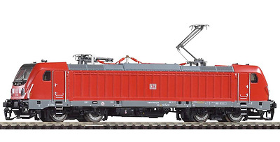PIKO ,TT, Electric Locomotive BR 147, 47452, PluX22, NEW