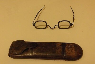 Antique Civil War Era Spectacles Eyeglasses And Leather Case! Nr!