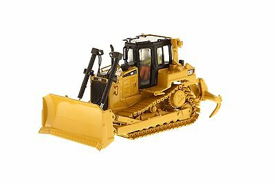 Caterpillar 1:50 scale Cat® D6R Track-Type Tractor 85910 Diecast Masters