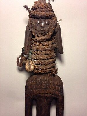 Antique Authentic African  Art Mumuye  Nigeria Hands Carved Wooden Statue / Mask