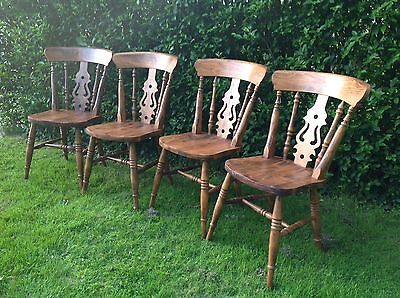 Set Of 4 Vintage Pine Dining / Kitchen Chairs
