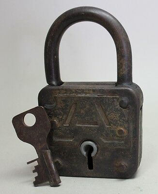 "Antique Vintage Large 5 3/4"" PADLOCK 700g with KEY"