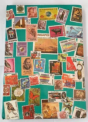 Great Collectable Vintage Stamp Album Over 450 Mix Stamps