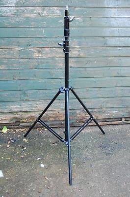 2 x Manfrotto very heavy lighting stands, 4.5kg, 7ft high, very stable.
