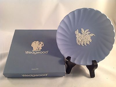 """Wedgwood J1012 Fluted Jasper Candy Tray Plate 5"""" Diameter with Box"""