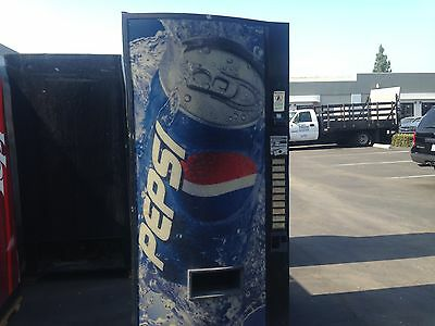 Vendo 570-10 Soda Vending Machine W/Coin & Bill Accept Not Pretty But Runs Great