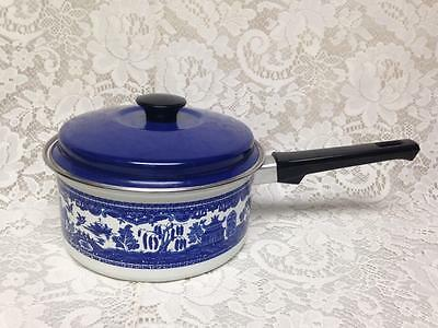 Vintage,  Blue Willow, 2pc  Enamelware Saucepan with Lid 13.5in L x 7.5in D