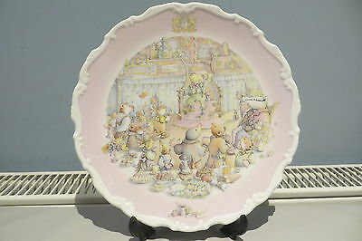 Royal Doulton Wind In The Willows Collection Plate 'the Return Of Ulysses'