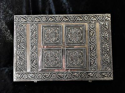 L@@k! Indian Moroccan Style Silver Pressed Metal Trinket Jewellery Box -Bx47