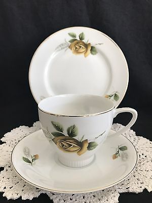 Vintage bone china Tea Cup Trio pattern no.2601 'Fine china' made in Japan