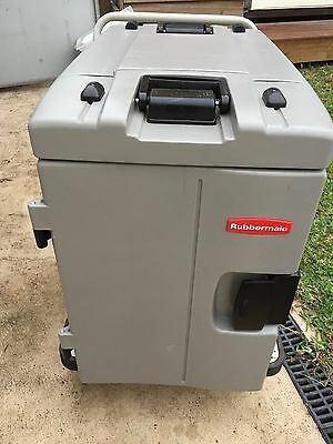Rubbermaid Commercial Food Transporter (Cambro)