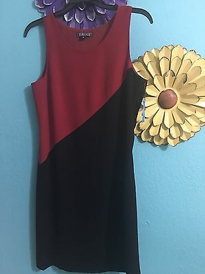 NWT $128 HAROLDS Quality Appeared Since1948 Women's Dress Sz 4 Black And Red