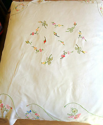 "Vintage Tablecloth Cream Hand Embroidered Flowers Oval 60"" x 64"""