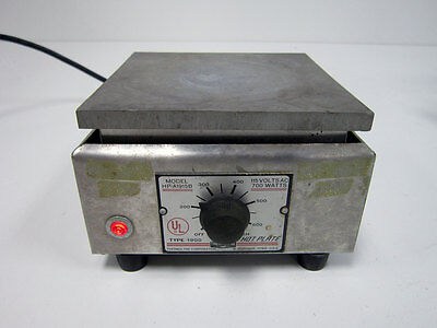 "THERMOLYNE MODEL HP-A1915B TYPE 1900 HOT PLATE 750 WATTS 6 1/4"" x 6 1/4"""