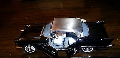Frankling Mint 1957 Cadillac Eldorado 1:24 Model Car Stainless Steel Top