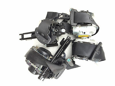 Mb C Class W205 Black  Front Left And Right Seat Belts A2058600185 / A2058600285